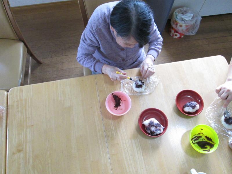 須賀川支店:丸光デイサービス『おはぎ作り』